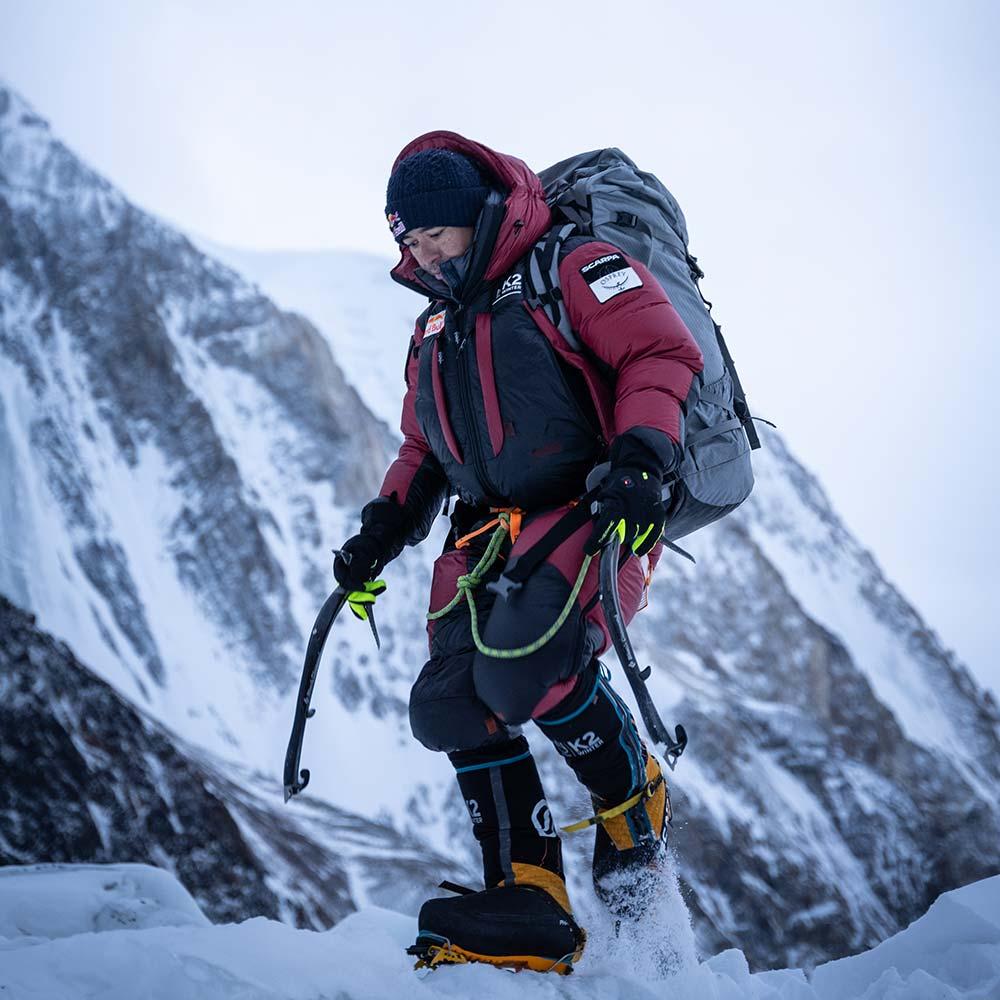 Nirmal Purja alias Nismdai sur le K2 Winter avec Therm-ic