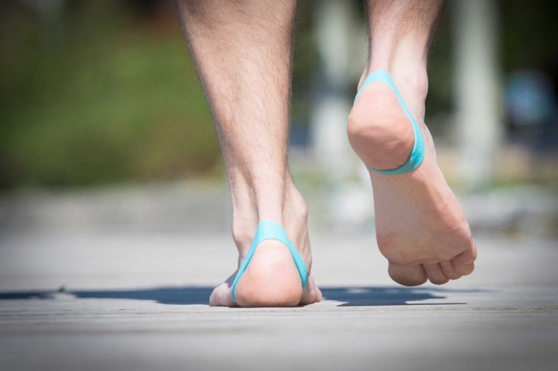 Strengthen your feet at home!
